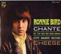 Ronnie Bird chante